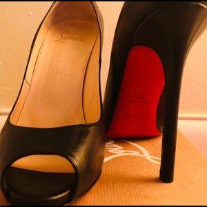 Black Flo Peep size 38